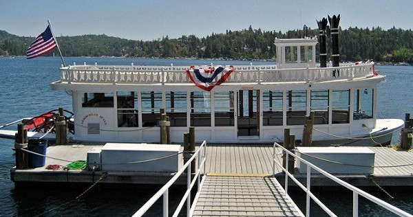 View Movie Sites And Celebrity Homes On Champagne Cruise