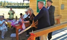 """Congressman Cook """"Officially"""" Opens Historical Museum's Caddy Shack"""