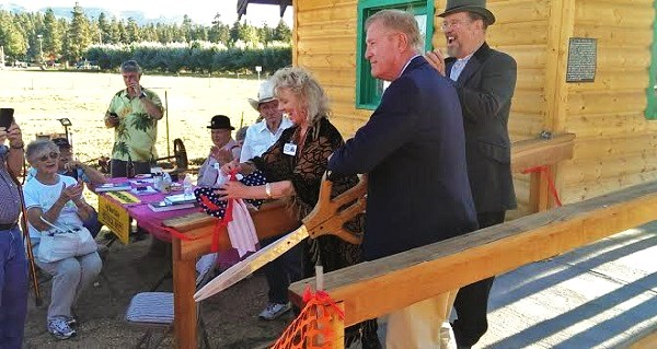 "Congressman Cook ""Officially"" Opens Historical Museum's Caddy Shack"