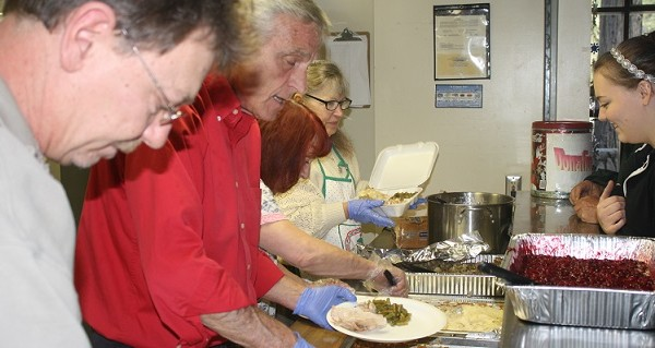 15th Annual Thanksgiving Day Dinner To Be Served By Santa And His Elves