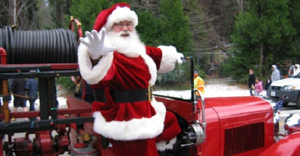 """BLUE JAY CHRISTMAS PARADE - """"Miracle on Highway 189"""""""