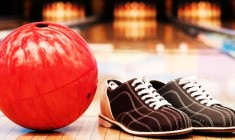 Bowling Barn Mixer: Family Fun And Networking